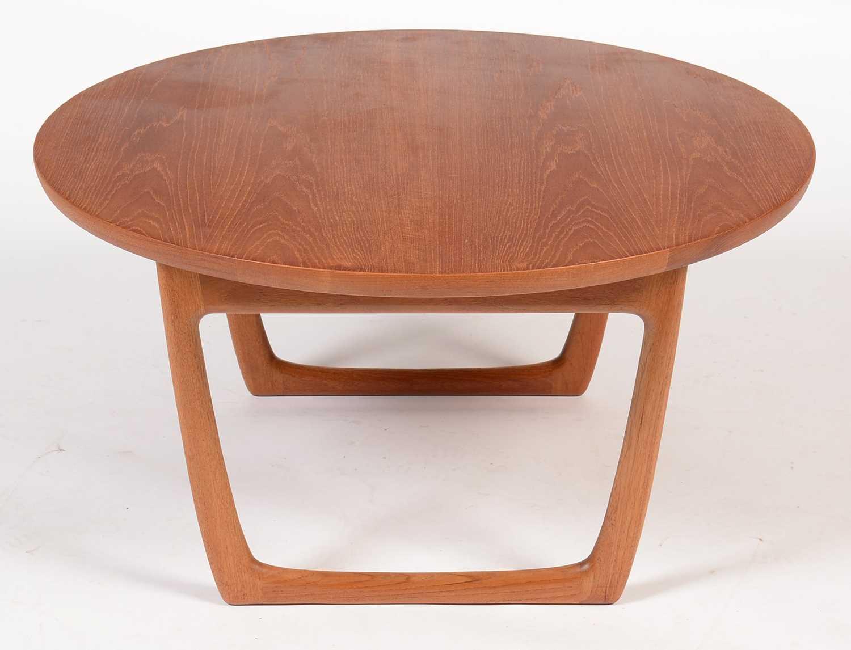 Peter Hvidt and Orla Molgaard-Nielsen for France & Son: a circular teak coffee table.