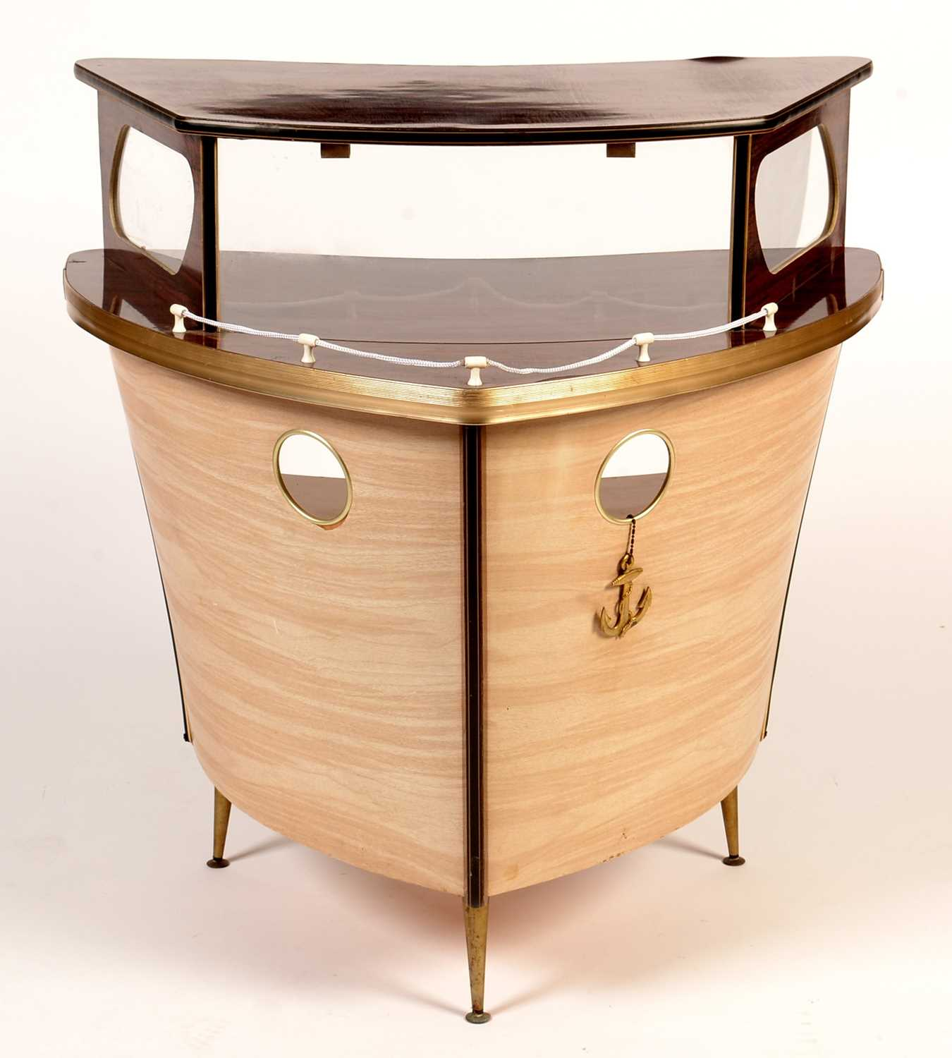 Umberto Mascagni, Bologne, Italy: a mid 20th Century boat form cocktail bar.