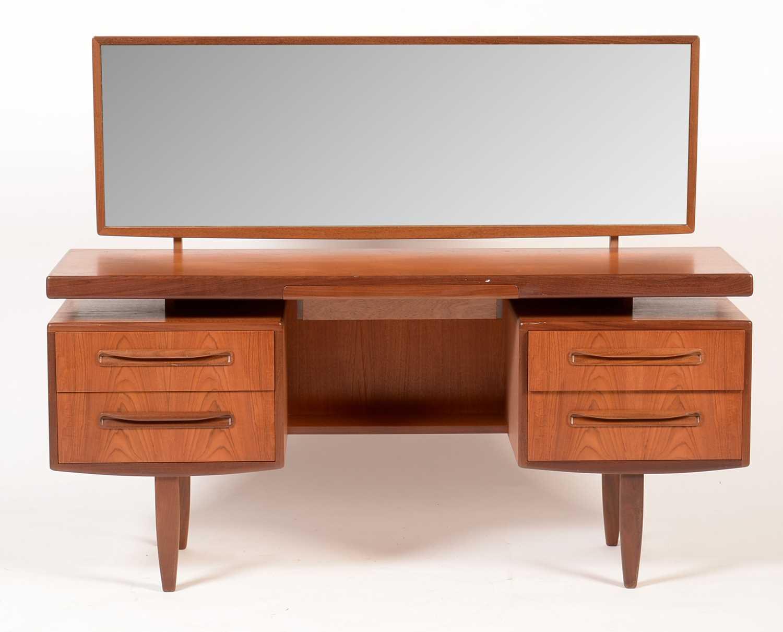 G-Plan: a 'Fresco' three-piece bedroom suite. - Image 3 of 3