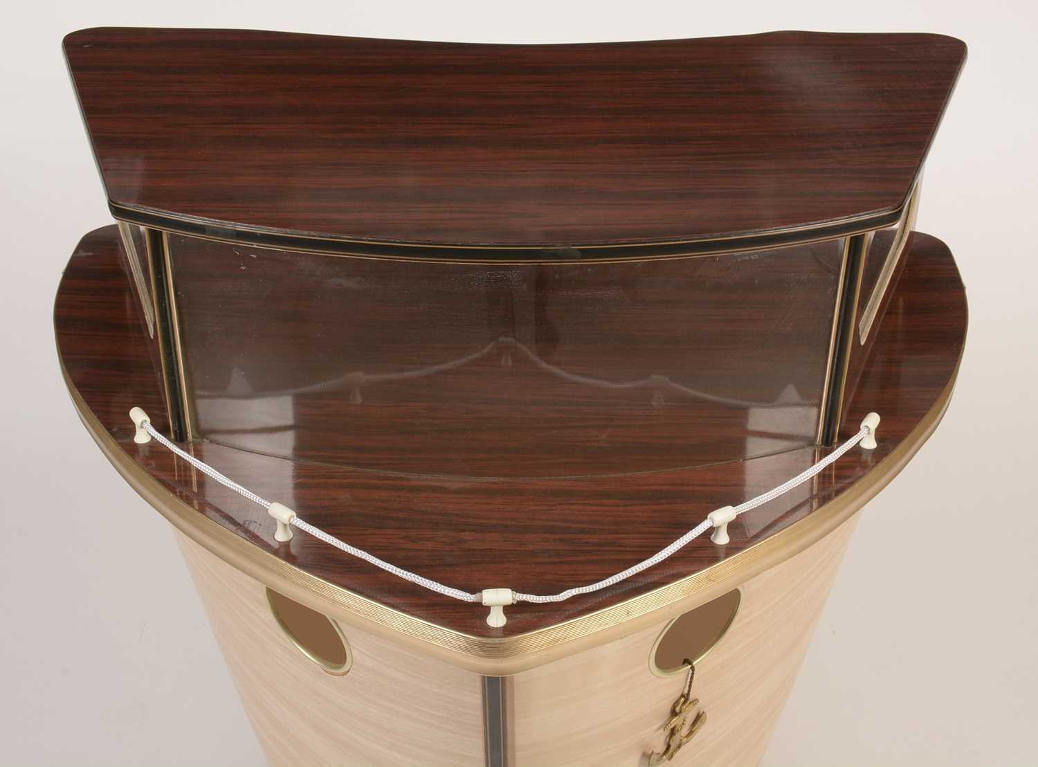 Umberto Mascagni, Bologne, Italy: a mid 20th Century boat form cocktail bar. - Image 4 of 5