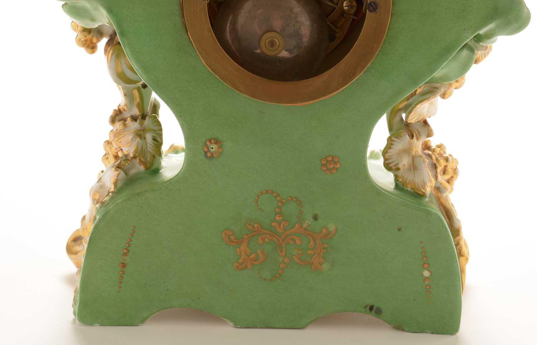 Jacob Petit porcelain mantel clock and stand - Image 18 of 20