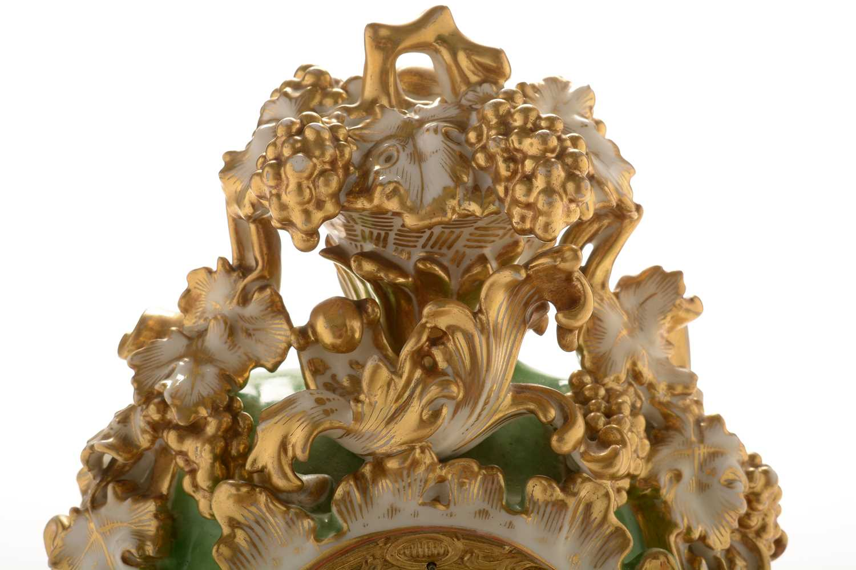 Jacob Petit porcelain mantel clock and stand - Image 19 of 20