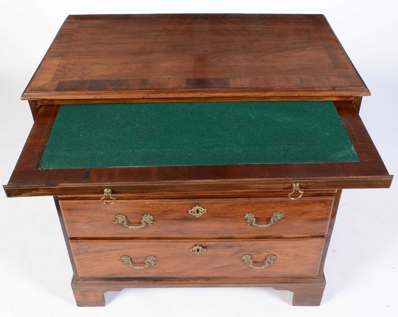 George III mahogany bachelors chest - Image 5 of 5