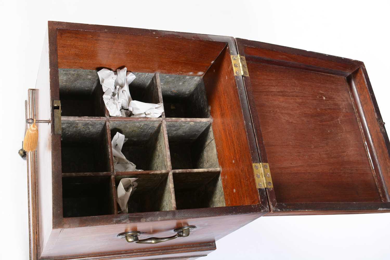 19th Century mahogany cellarette - Image 2 of 6