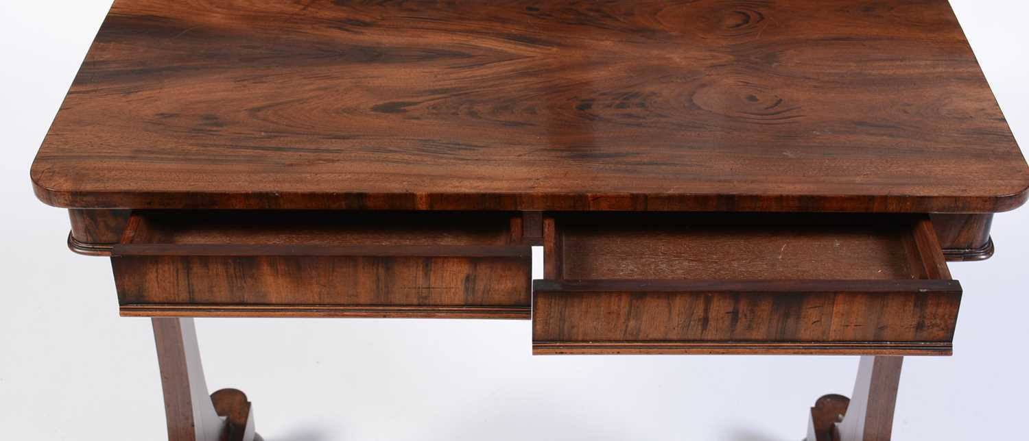 Victorian rosewood library table - Image 2 of 3