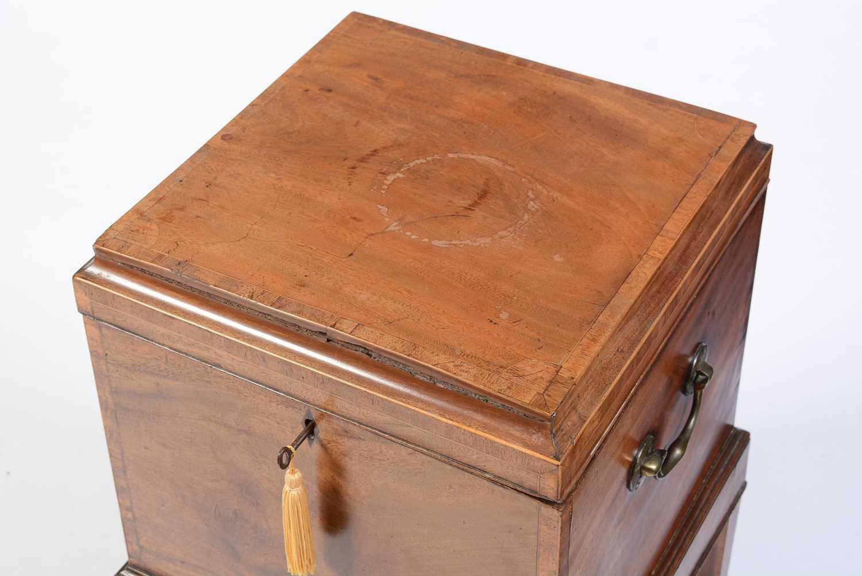 19th Century mahogany cellarette - Image 6 of 6