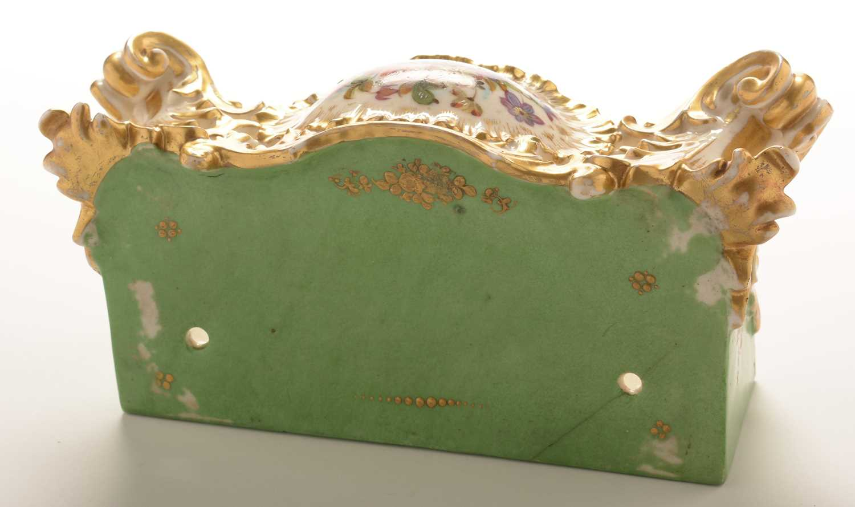 Jacob Petit porcelain mantel clock and stand - Image 13 of 20