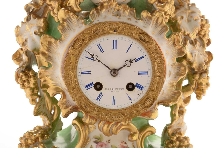Jacob Petit porcelain mantel clock and stand - Image 3 of 20