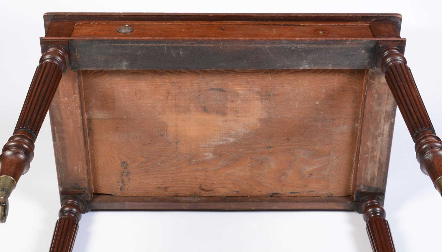 William IV mahogany writing desk stamped Gillow - Image 7 of 11