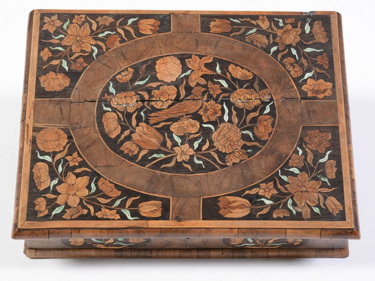18th Century Dutch marquetry and oyster veneered lace box - Image 9 of 9