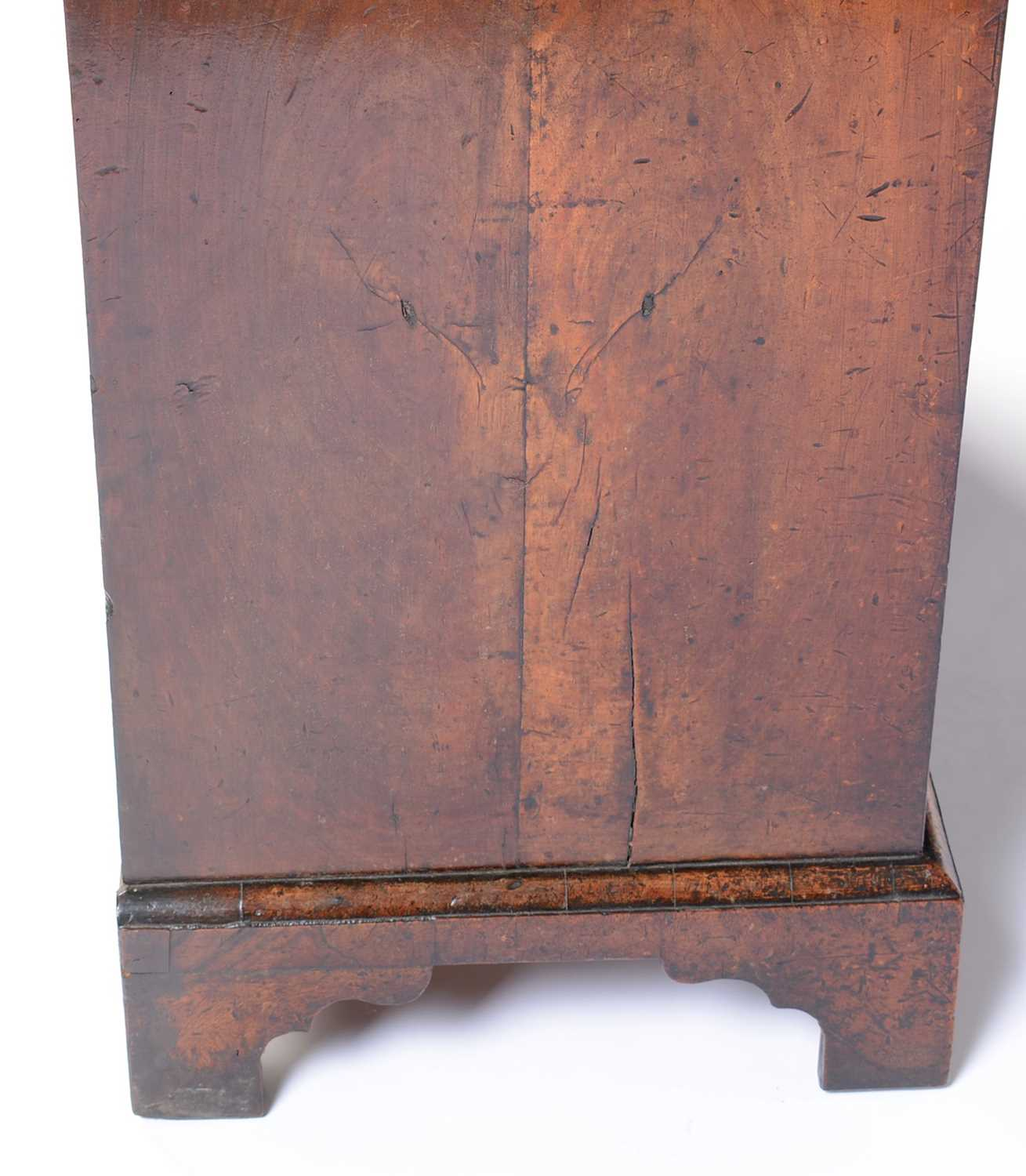 Early 18th Century walnut bachelors chest - Image 6 of 39