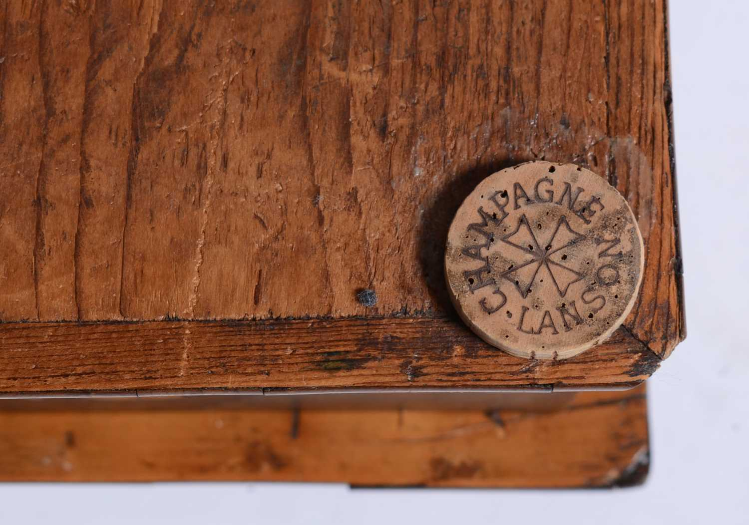 18th Century Dutch marquetry and oyster veneered lace box - Image 7 of 9
