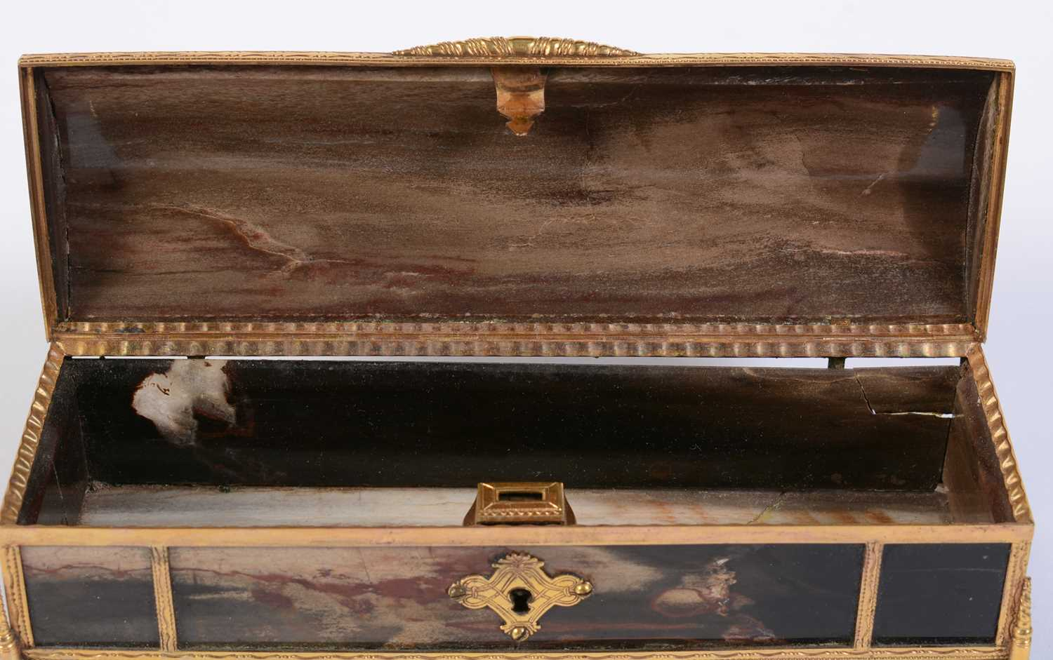 A 19th C marble and giltmetal dome-topped casket - Image 5 of 6