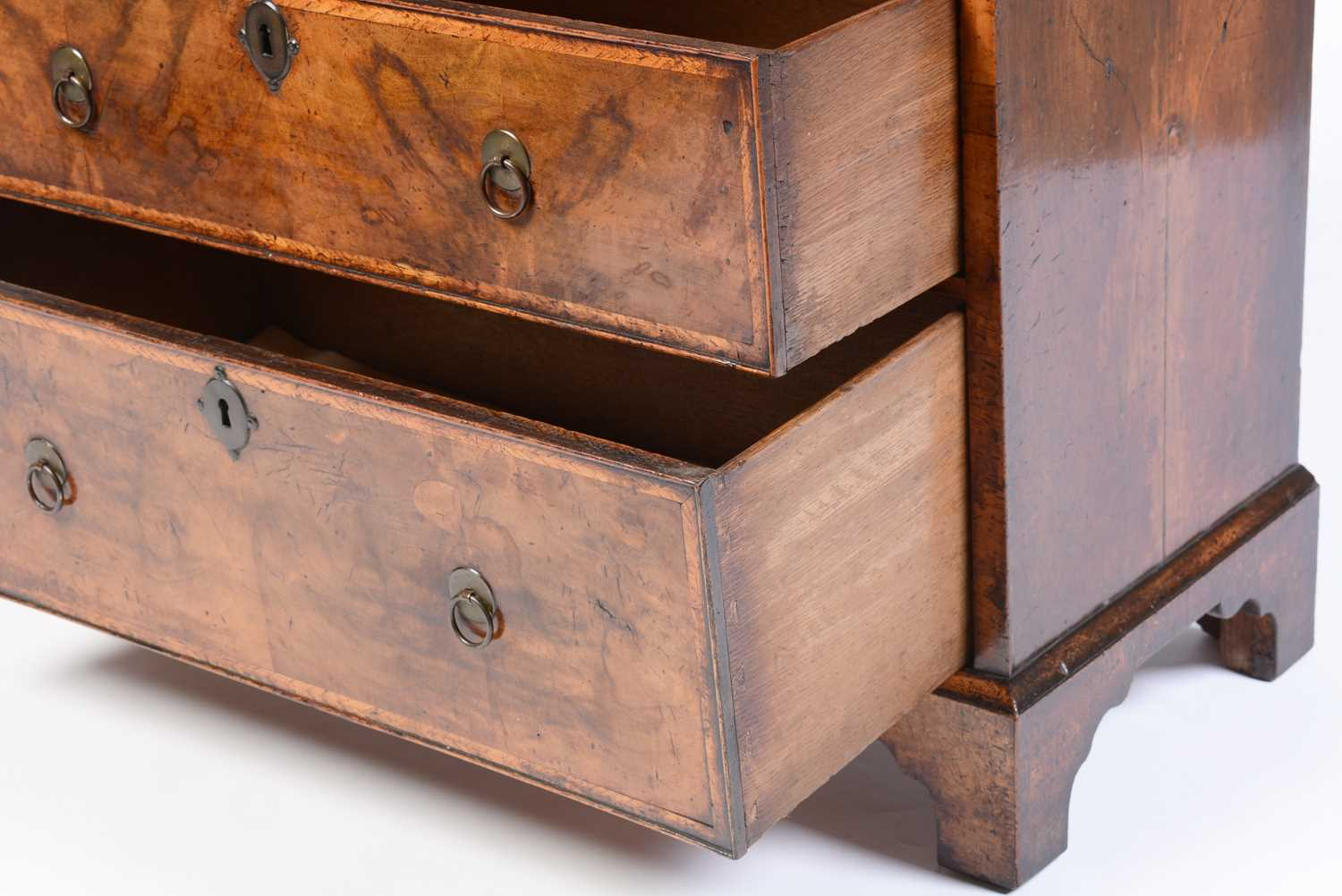 Early 18th Century walnut bachelors chest - Image 3 of 39