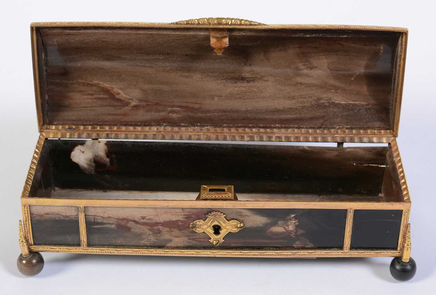 A 19th C marble and giltmetal dome-topped casket - Image 6 of 6