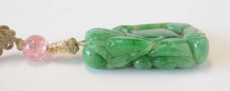 Chinese turquoise figure; jadeite pendant, hardstone cup - Image 25 of 27