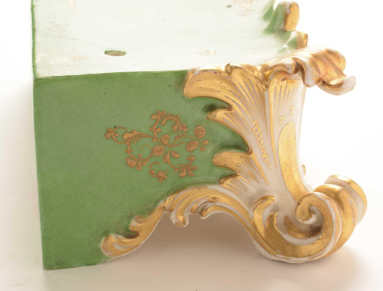 Jacob Petit porcelain mantel clock and stand - Image 15 of 20