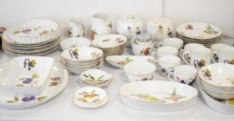 Royal Worcester 'Evesham' pattern part tea and dinner service