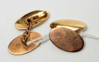An Edwardian gentleman's pair of 9ct cuff links.