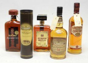 Glenturret, Southern Comfort, and other bottles.
