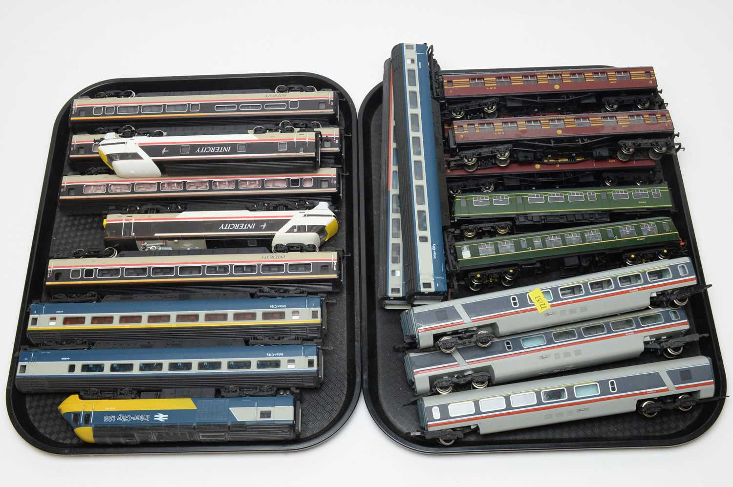 Unboxed Intercity locomotives and carriages