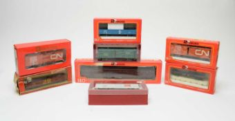 Eight boxed Rivarossi HO-gauge rolling stock, American Outlines.