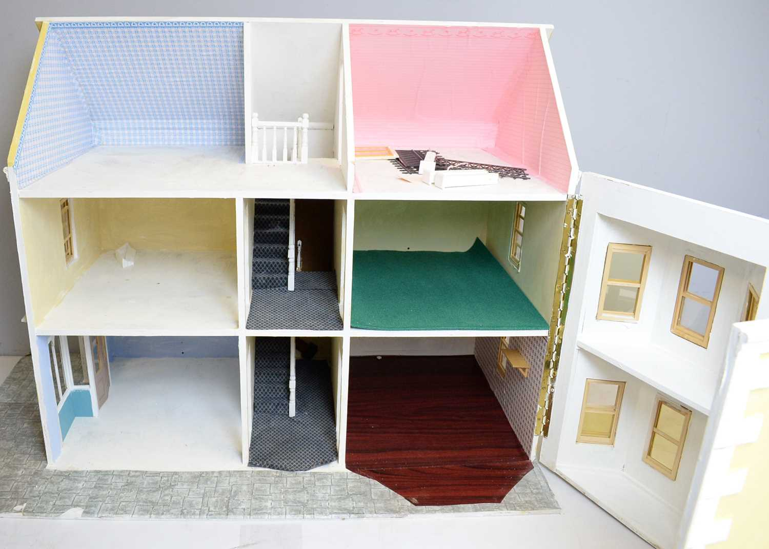 A doll's house incorporating a shop to one side. - Image 2 of 2