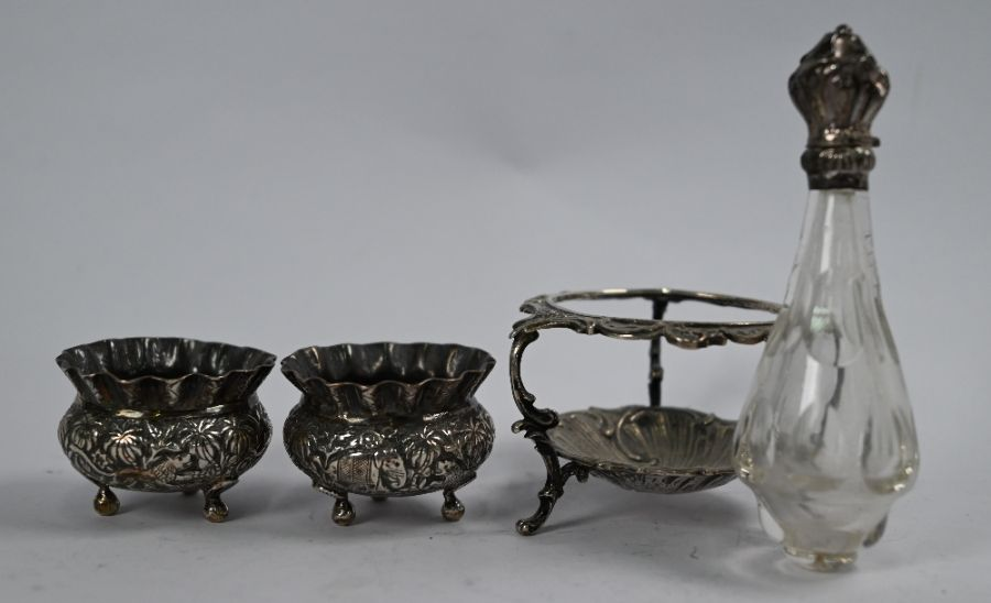 Various Continental white metal items - Image 4 of 4