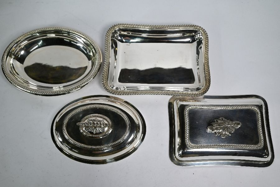 Electroplated soup tureen and four entrée dishes and covers - Image 2 of 4
