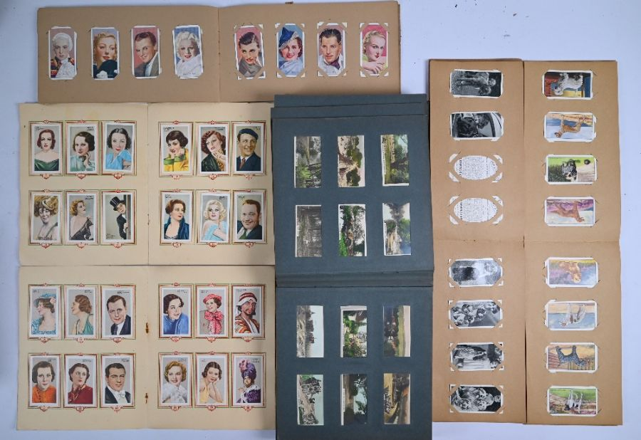 A small quantity of cigarette cards and other trade cards - Image 3 of 4