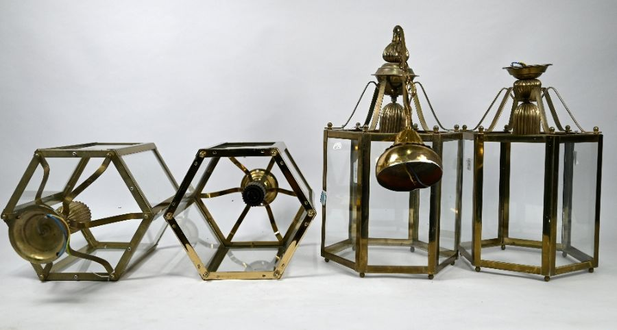 A set of four contemporary Georgian style hanging lanterns (4) - Image 2 of 2