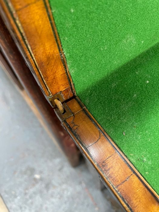 A 19th century polychrome decorated satinwood card table in the Sheraton style - Image 15 of 17