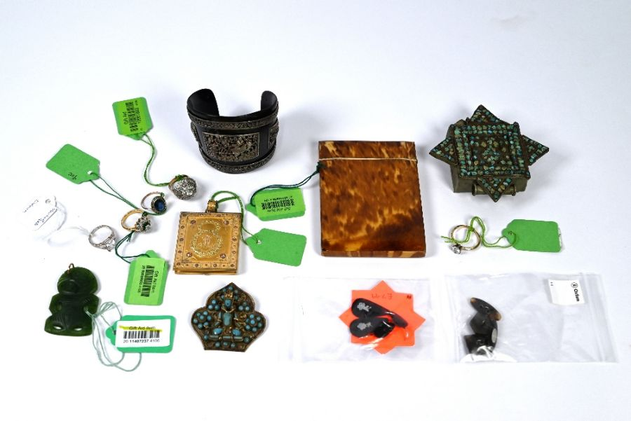 A mixed collection of jewellery and other items