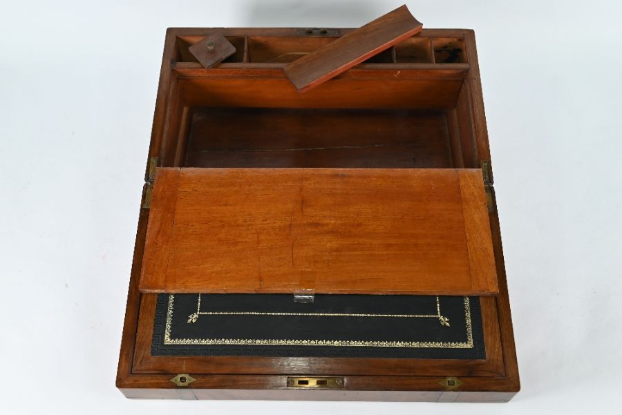 A 19th century brass bound mahogany campaign style writing slope - Image 3 of 3
