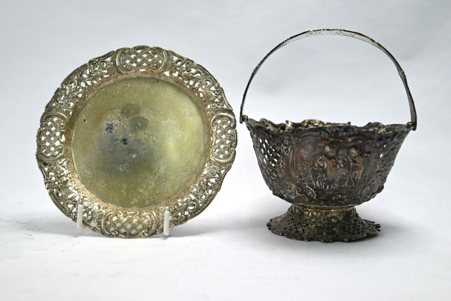 Various Continental white metal items - Image 2 of 4