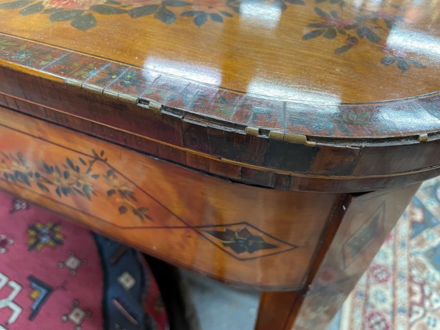 A 19th century polychrome decorated satinwood card table in the Sheraton style - Image 10 of 17