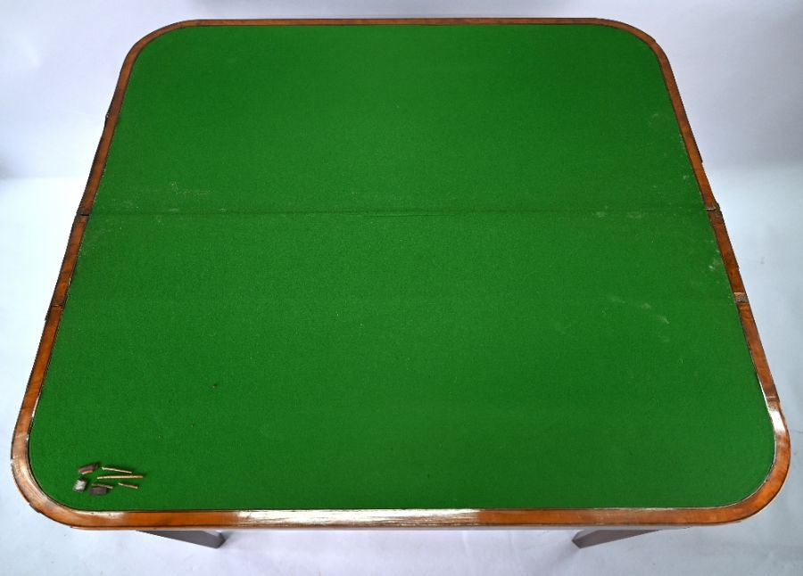 A 19th century polychrome decorated satinwood card table in the Sheraton style - Image 7 of 17