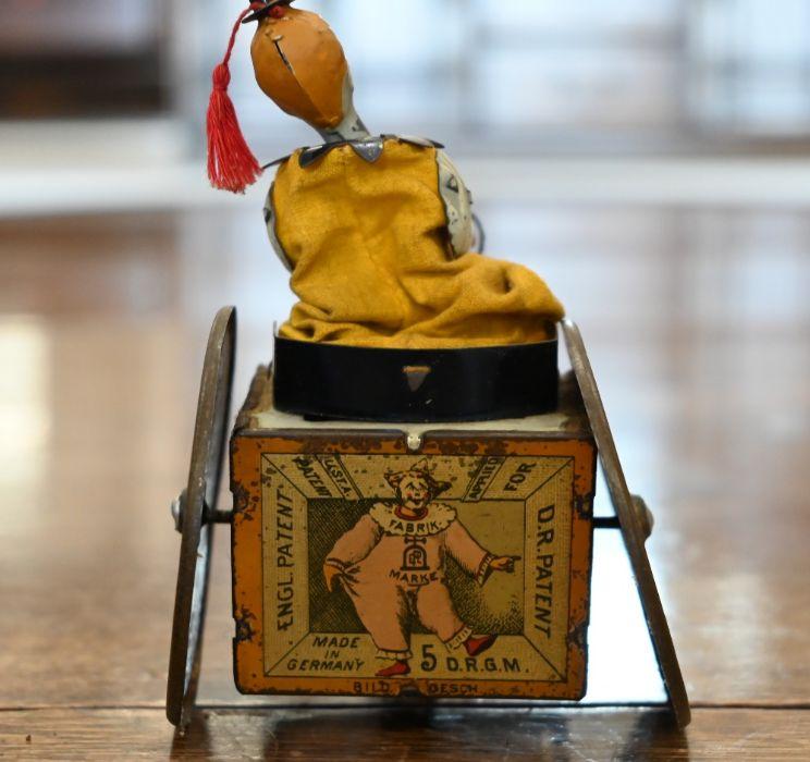 An antique German Lehman clockwork tinplate donkey-cart with clown - Image 2 of 3