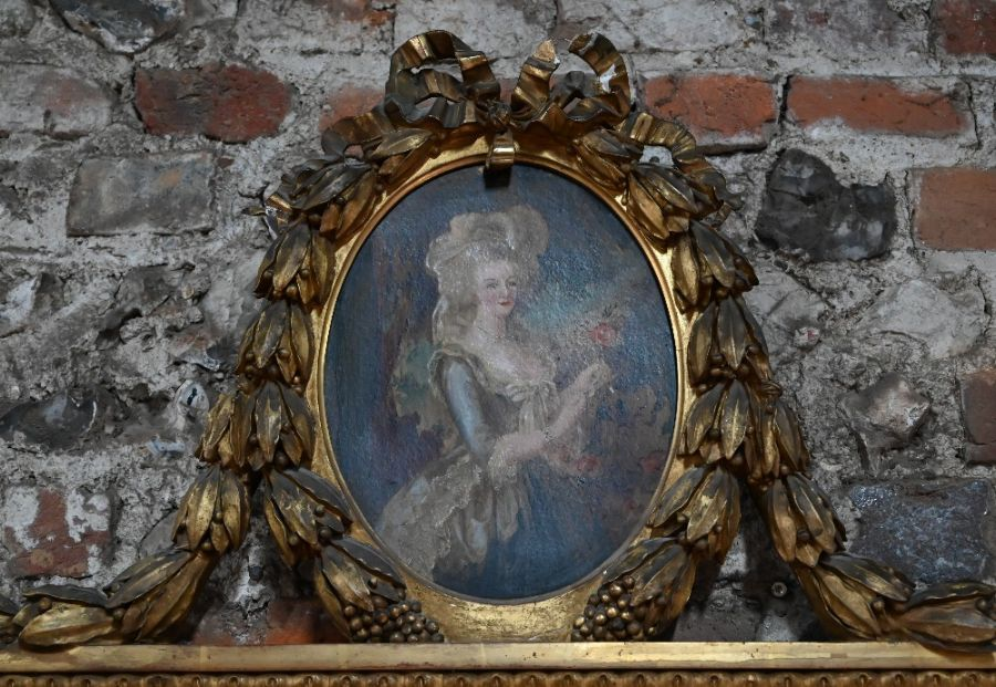 An antique gilt framed trumeau mirror - Image 2 of 3