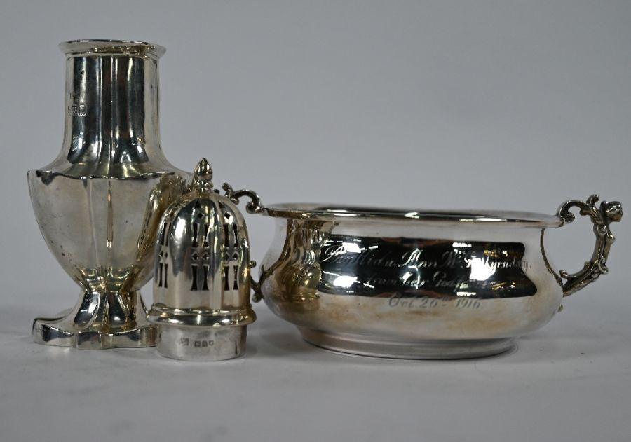 Silver porringer & sugar caster - Image 3 of 4