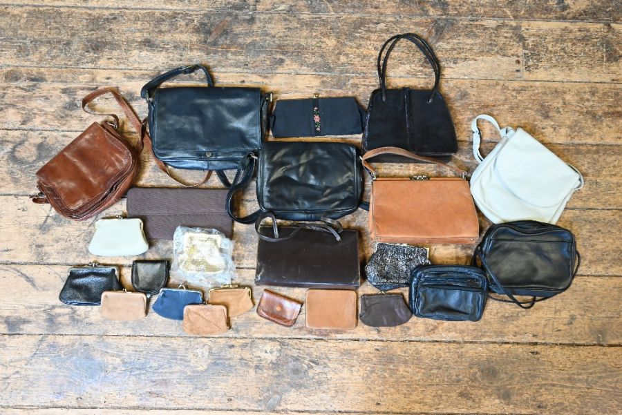 Various vintage handbags and other accessories