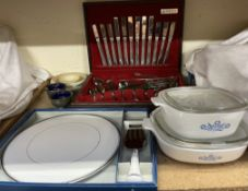 An Oneida cased part flatware service together with a Royal Worcester silver Viceroy pattern cake