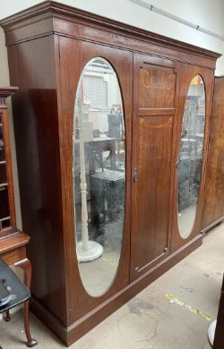 Monthly General sale, Ceramics, Glass, Paintings, Furniture, Clocks, Works of Art, Books, Sporting Memorabilia