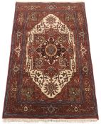 Very Fine Hand-Knotted Heriz Serapi Carpet