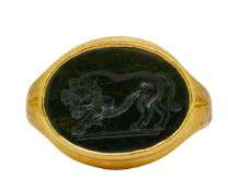 ANTIQUE HARDSTONE INTAGLIO RING