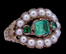 ANTIQUE EMERALD AND PEARL RING