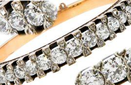 IMPORTANT DIAMOND HINGED BANGLE