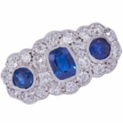 ANTIQUE SAPPHIRE AND DIAMOND 3 CLUSTER RING