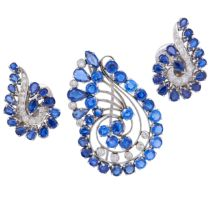 SAPPHIRE AND DIAMOND BROOCH AND PAIR OF EARRINGS