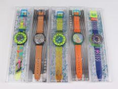 Swatch - Armbanduhren 5 St, Schweiz, versch. Ausführungen, Fkt. ungepr., im OK